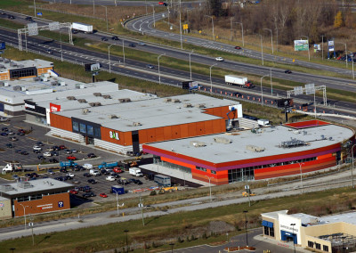 Adonis Supermarket, Quartier DIX30, 50 000 sq ft surface area, Brossard