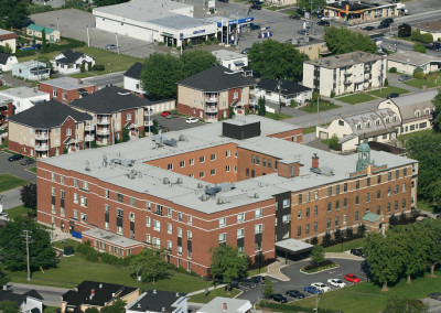 Résidences Sainte-Marthe, expansion of four floors and renovation, 160,000 sq. ft., 170 units, Saint-Hyacinthe.